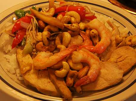 shrimp and chicken with cashews