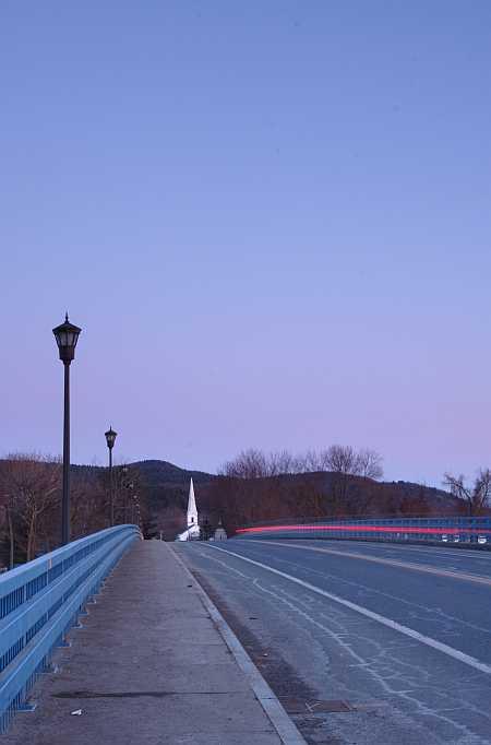 bridge-and-tail-light