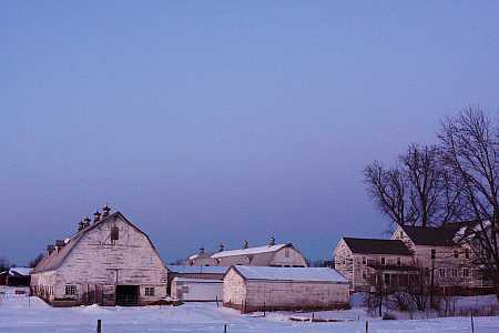 sunset-on-a-hadley-farm